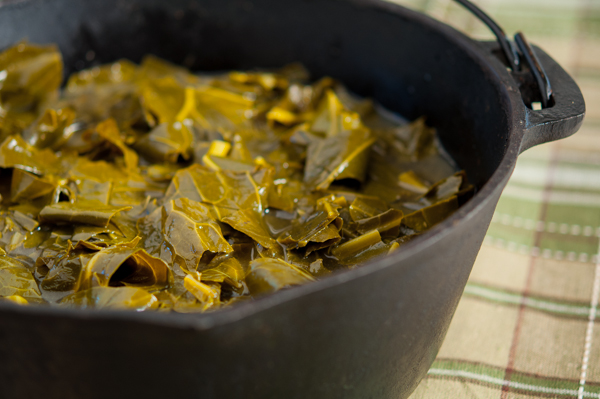 Braised Collard Greens Pot